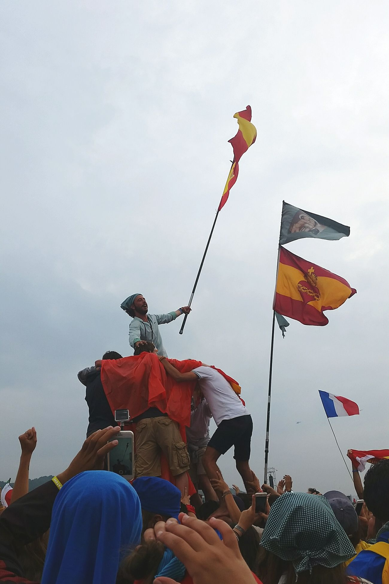 Festival Season People Having Fun Having Fun Having A Great Time Openspace People Photography Flags Sky People Together Kracovia Cracow Trip People Around You Cracow2016 GMGPolonia2016 GMG2016 WYDKrakow WYD2016 Countries Tower Of People Europe Polonia  Blonia Spanish Style Spanish Flag French Flag