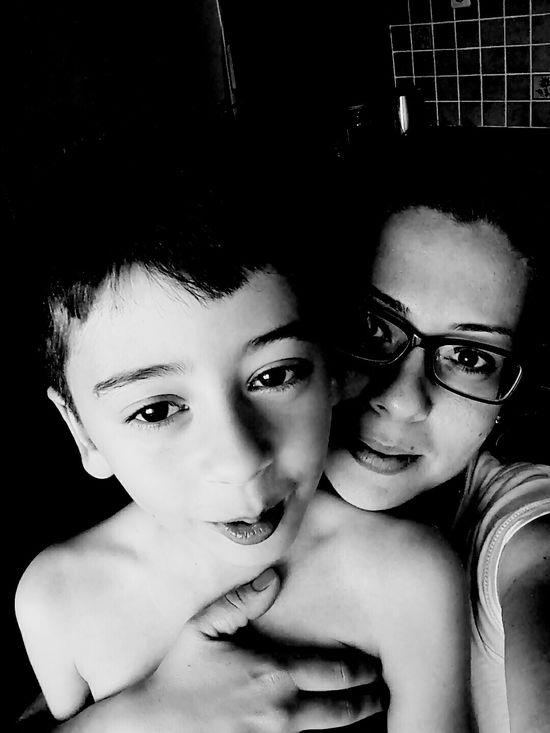 Endless love... Hi Thats Me ♥ Enjoying Life EyeEm Hello World Happiness Mylife Eyeemblack&white Mumandson Blackandwhite
