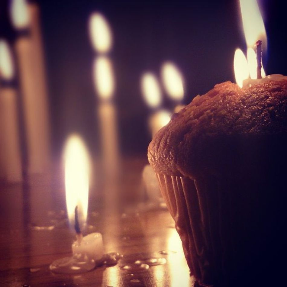 Memories are timeless treasures of the heart Instaclick Instalove Withlove @gauri022Enjoyedhavingcupcake You CANT BE SAD WHEN YOU'RE HOLDING A CUPCAKE