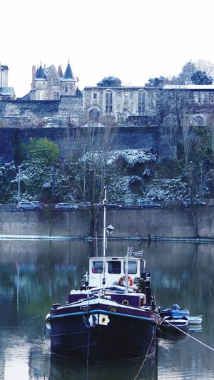 Snow ❄ Château Castle Boats Maine Angers Taking Photos