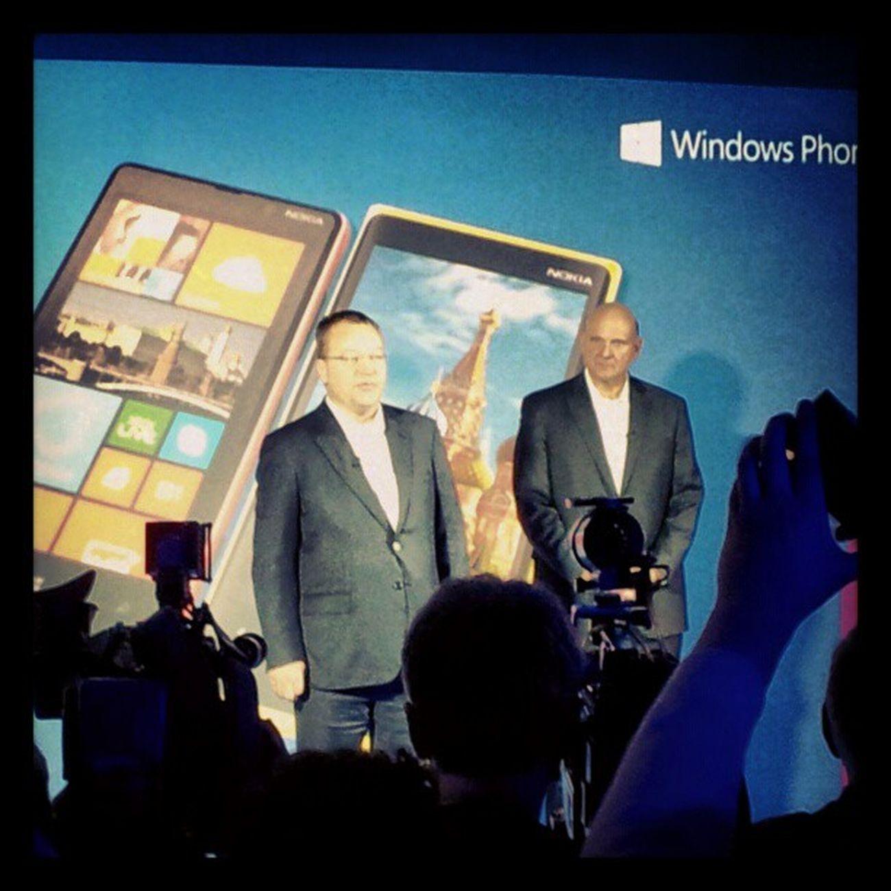 SteveBallmer и StephenElop NOKIAWIN Nokia  Lumia
