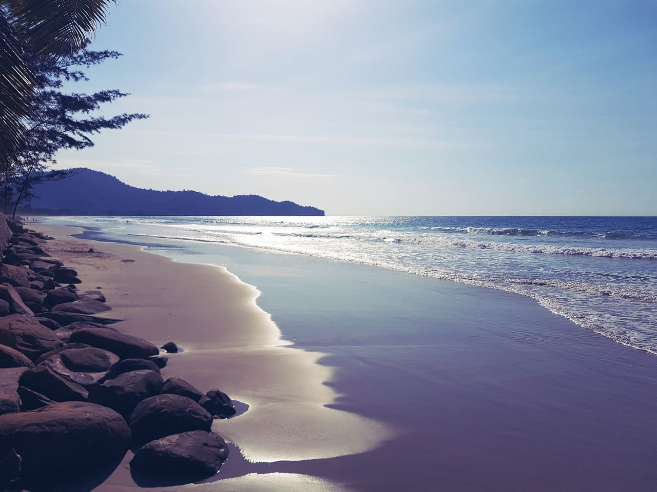 sea, beauty in nature, scenics, horizon over water, nature, water, beach, tranquility, sky, tranquil scene, no people, outdoors, sand, day, wave