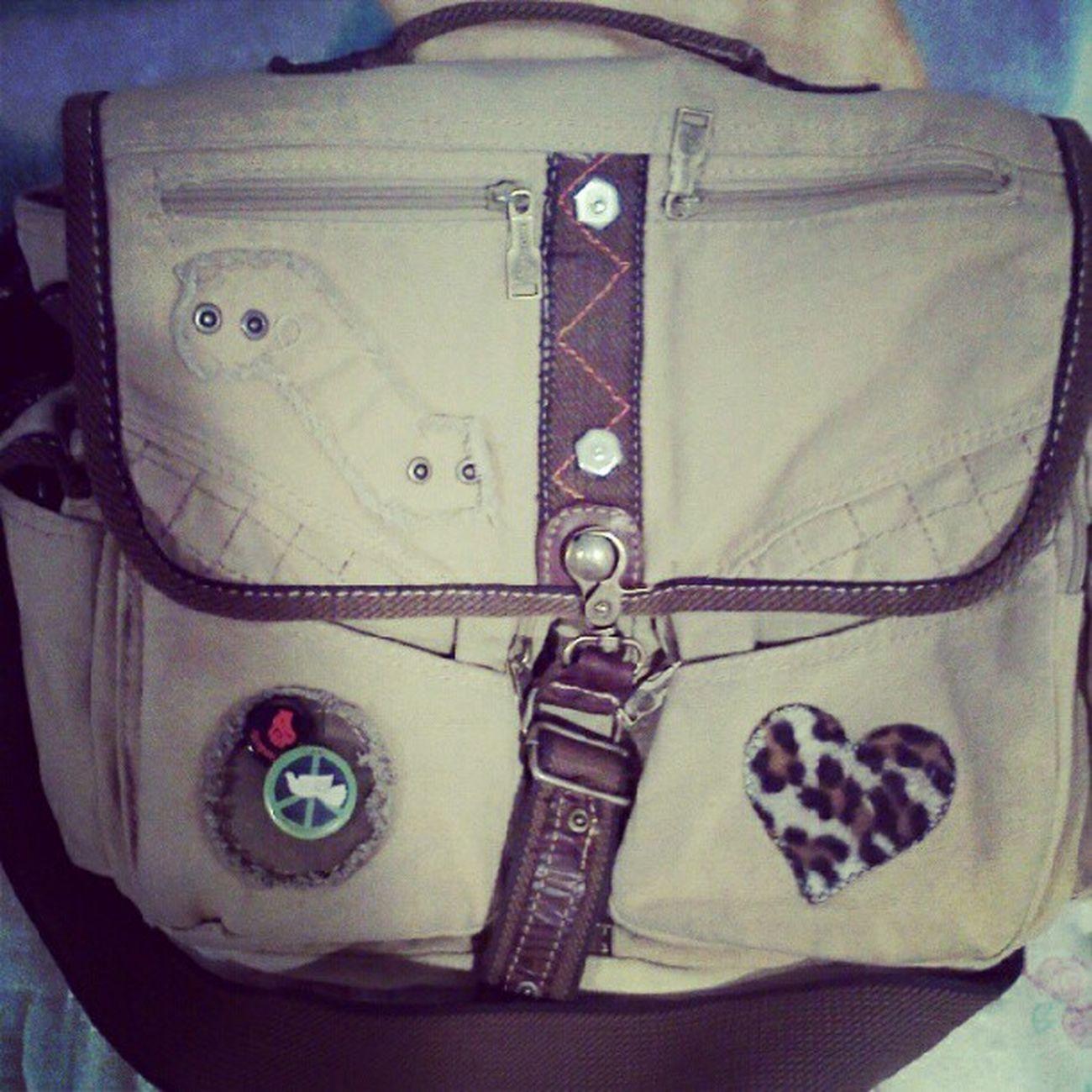 May17 Myschoolbag (: