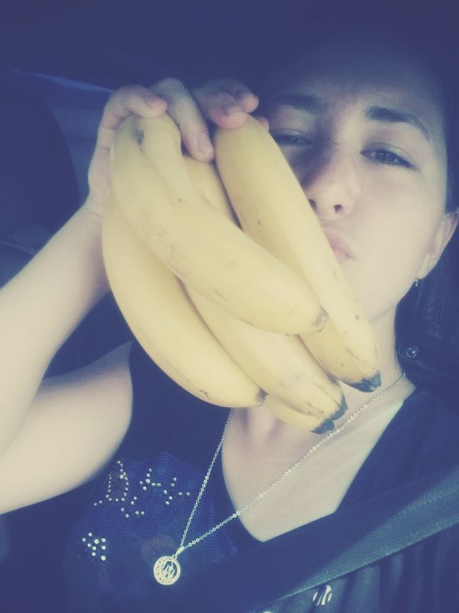 Банан и я банан селфи с бананом аххаха селфи растения и цветы пейзаж и природа