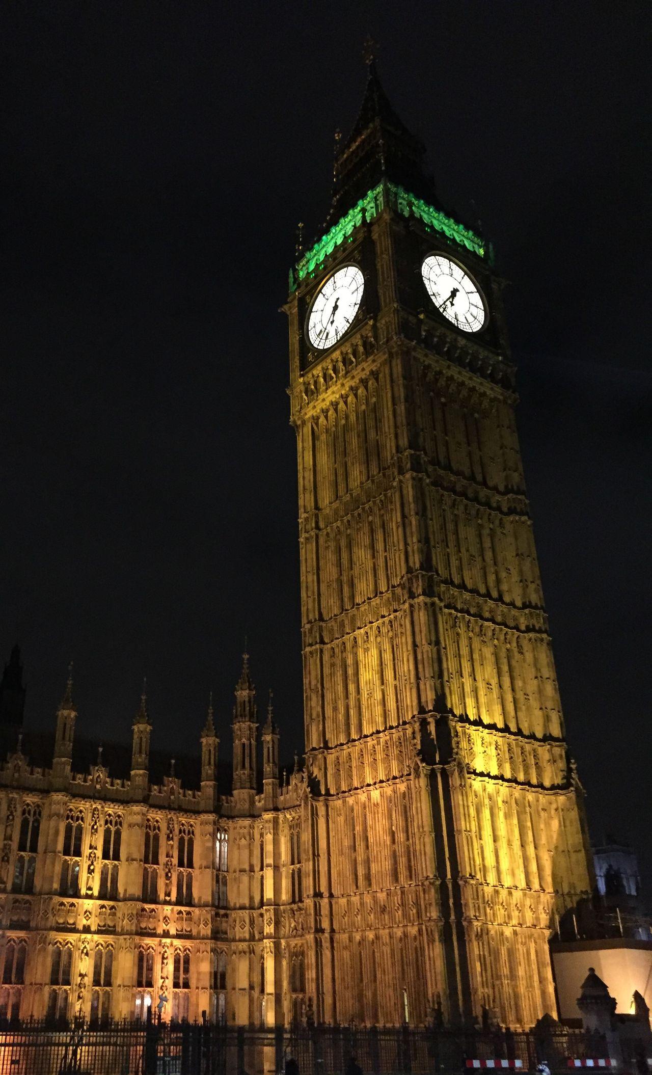 Big Ben Big Ben, London Buiding Clock Tower Lights London London Night Londres Night No People Tower Winter