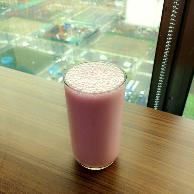 Berry shake for merienda:) Herbalifeph Saturday Healthysnack