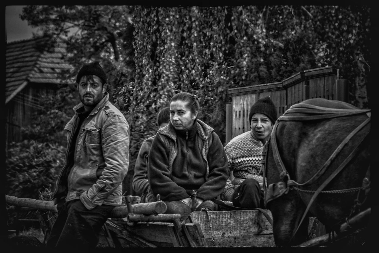 Real People People Travel Photography Sony A6300 Alpha Monochrome Photography Sonyalpha Freelance Life Photojournalism Blackandwhite EyeEm Best Shots Sonyphotography Streetphotography Monochrome Poverty Magyar Transportation