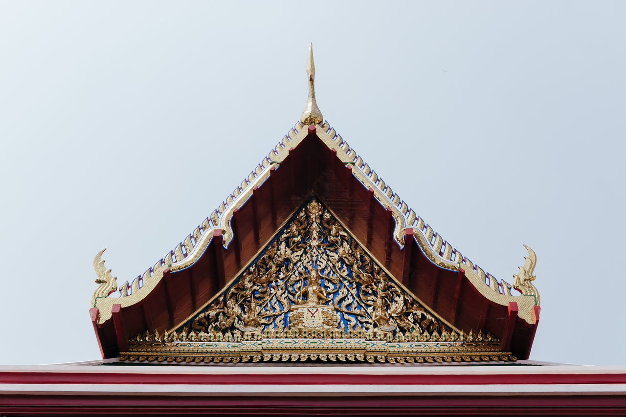 Architecture Bangkok Building Exterior Built Structure Clear Sky Day Detail Gold Gold Colored Low Angle View No People Ornate Pattern Roof Temple Thailand