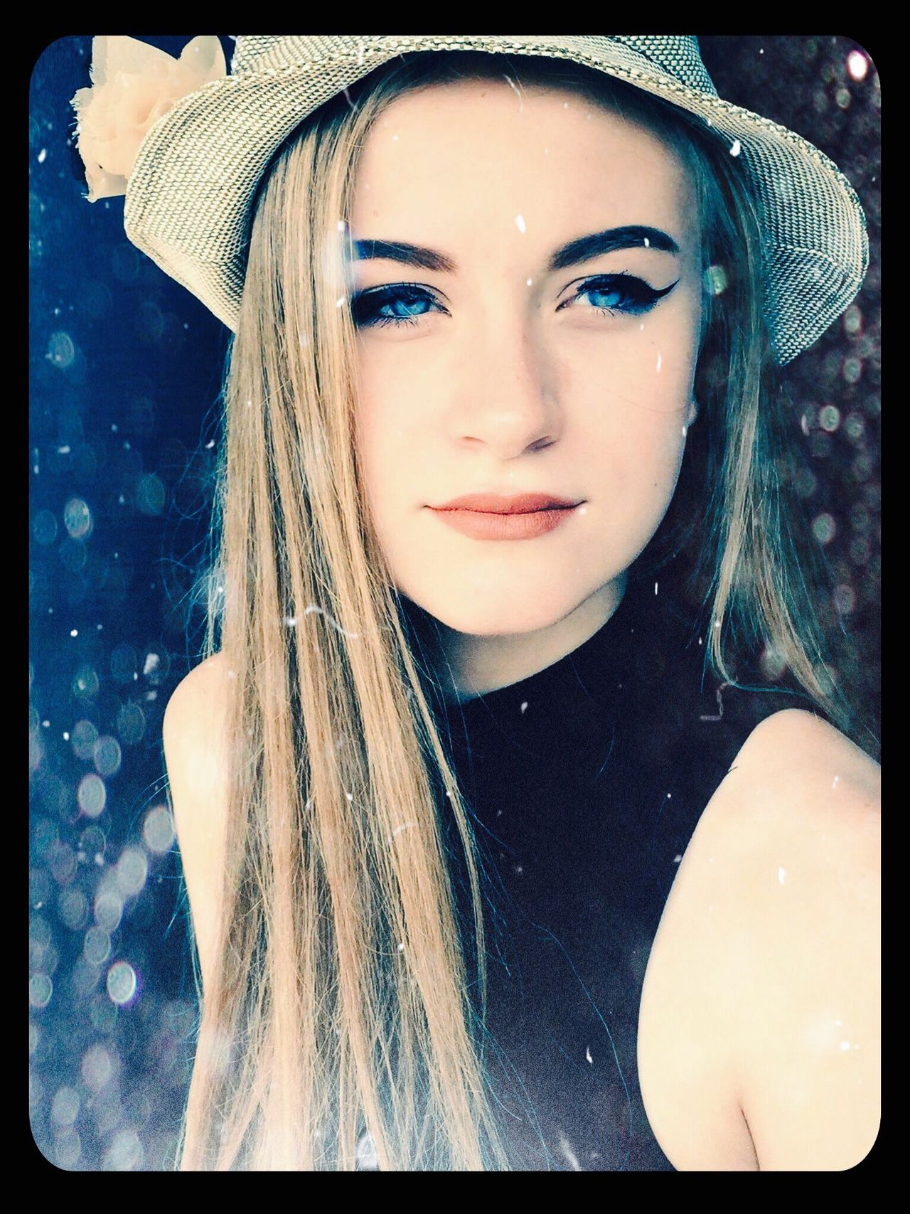 Eyeemphoto Beauty Model Senior Pictures  High School Photography Poses Blue Eyes Raining EyeEm Best Shots EyeEm Gallery EyeEm Vision Eye4photography  EyeEm Nature Lover Eye4photography  EyeEmBestPics