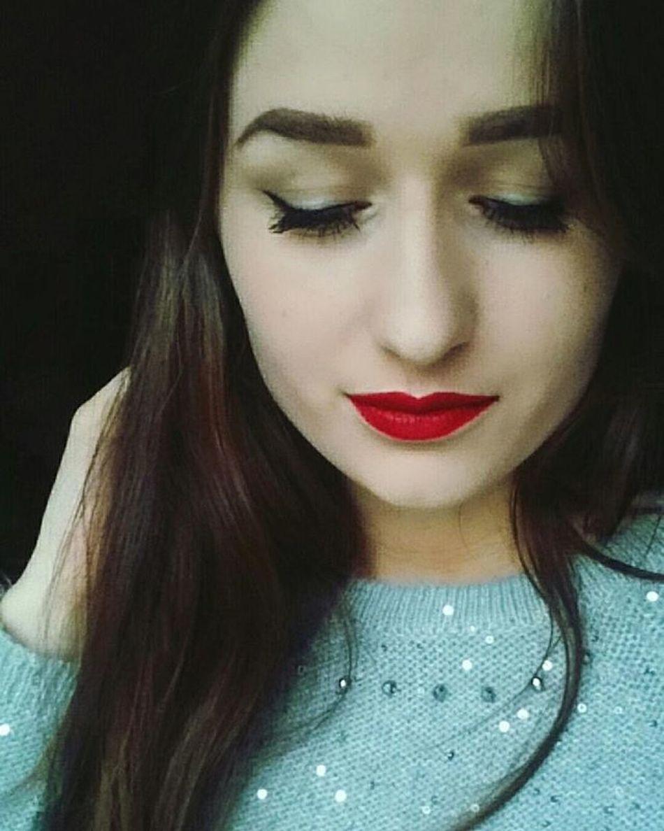 Takie Inne Dzis Perfectmakeup Polishgirl Tyle W Temacie Inspire Redlips