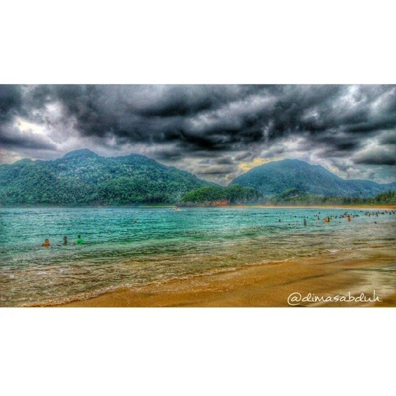 Instadroid Instaandroid Instadaily Snapseed Beach Mountains Waves Sea Swimming Peoples Vacation Holliday Hometown Sky Bluesea Sand Beachsand Sunset Lampuukbeach Pantailampuuk Acehbesar BandaAceh Bandaceh Visitaceh Visitbandaceh visitbandaaceh iloveaceh iloveindonesia