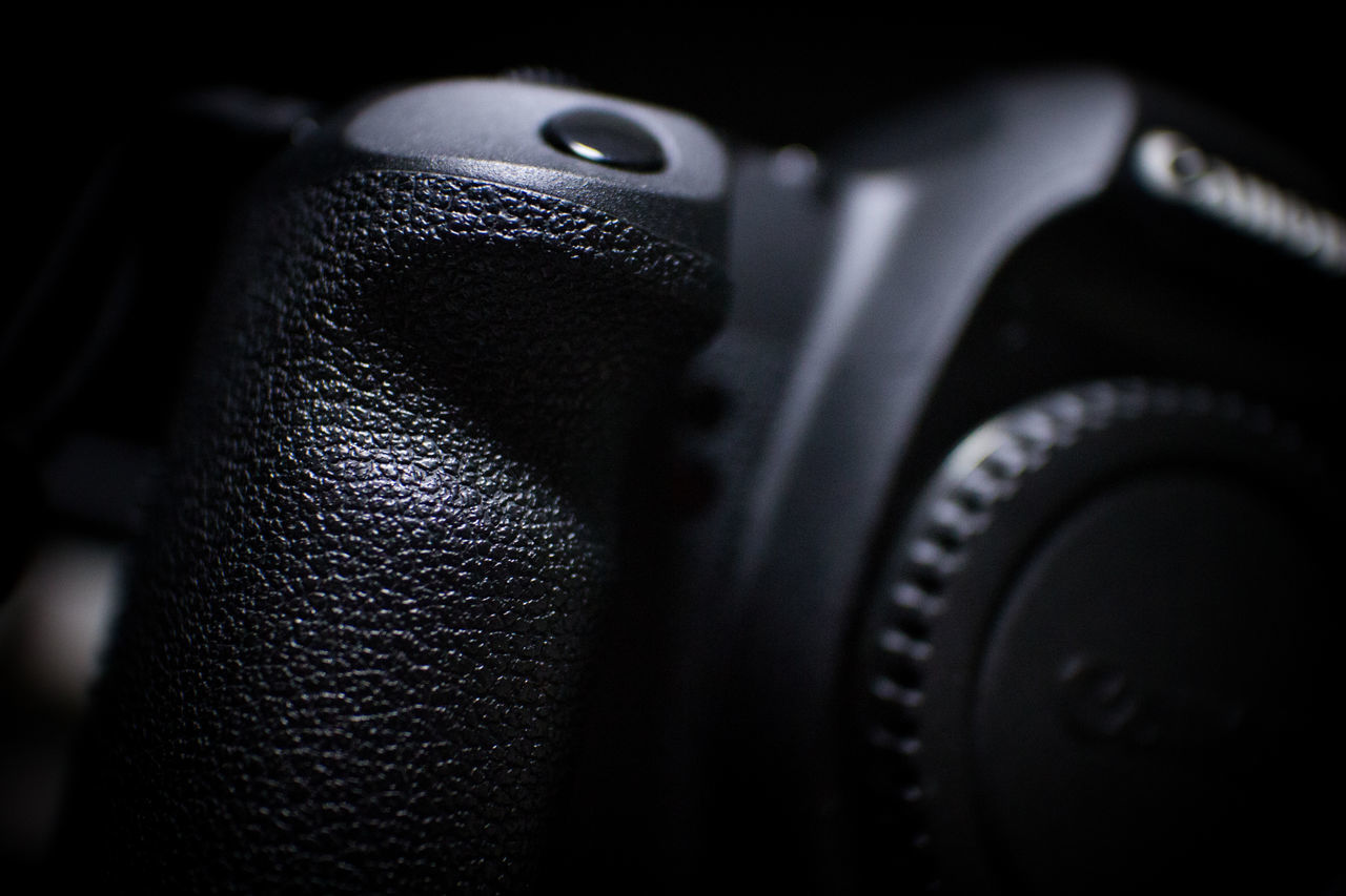 One of the most powerful digital SLR camera. 5dMarkⅡ Black Color Camera Canon Close-up DSLR EOS Grip No People Studio Shot
