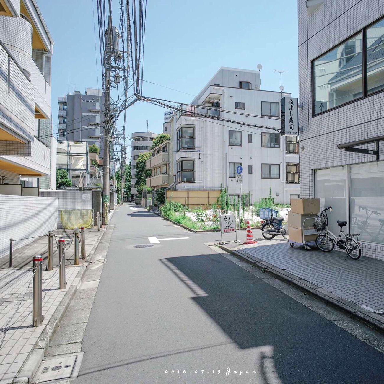 每次來到日本,總控制不住我的手機和相機,拍不夠。 Architecture Japan Hello World Enjoying Life Travel First Eyeem Photo IPhoneography Photography Sunshine Tokyo