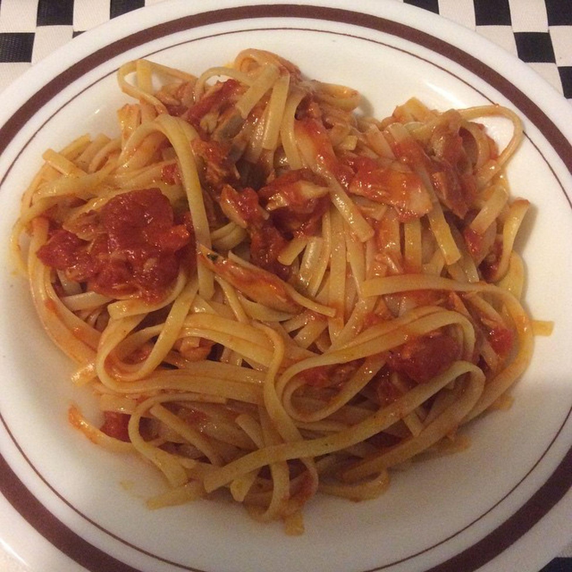 😍🍝🎉🐟Pastaaltonno Pasta Pastaaltonnoepomodoro Amici photooftheday instagood foodporn cucinaitaliana 100happydays 👍 wow wonderful tonno instafood food tuna picoftheday italianfood foodpics eat lovescucchiaio