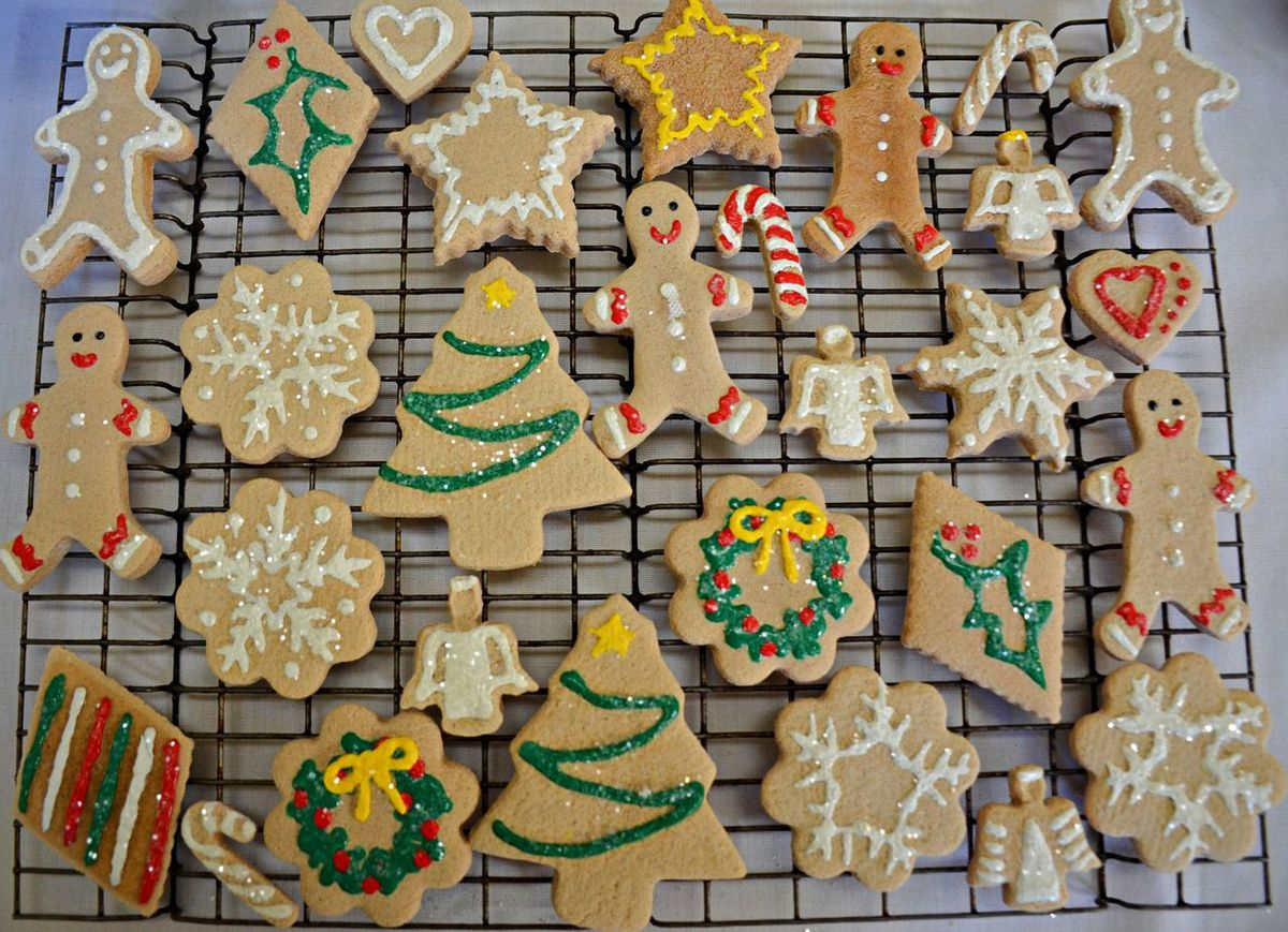 Christmas Cookies Tasty Treats Celebration Christmas Christmas Decoration Christmas Tree Cookie Cultures Festival Food And Drink Gingerbreadman Holiday Cookies Holiday Decorations Sugar Cookies