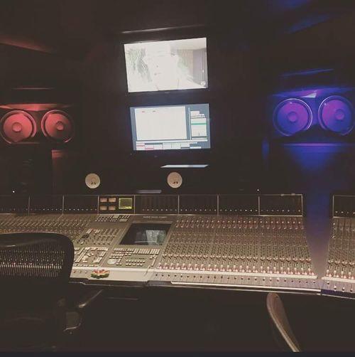 Vibez Recording Studio Vibes Working Hard The Lab Producer Engineer BEATS Hip Hop R&b Edm