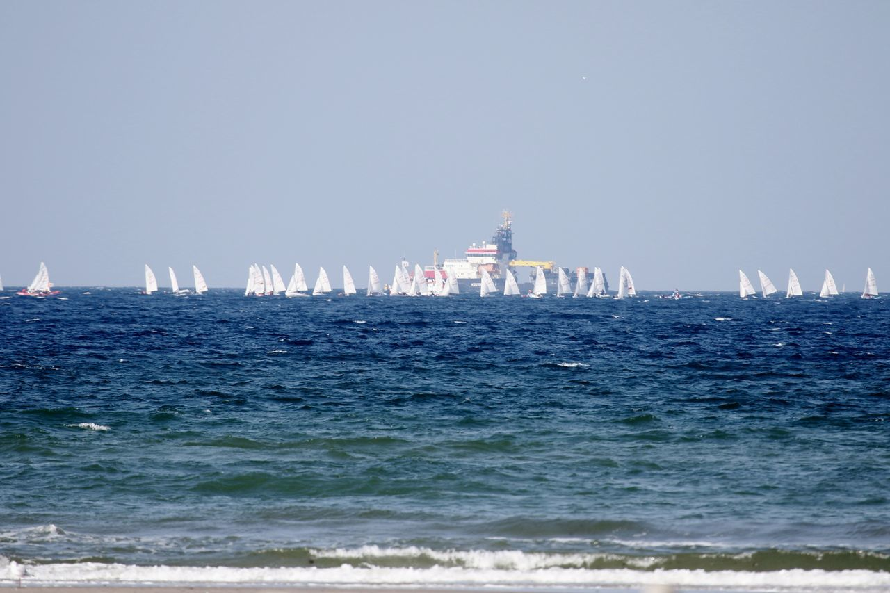 Clear Sky Day Nature No People Outdoors Regatta Sailboats Scenics Sea Sky Water Waterfront Wave