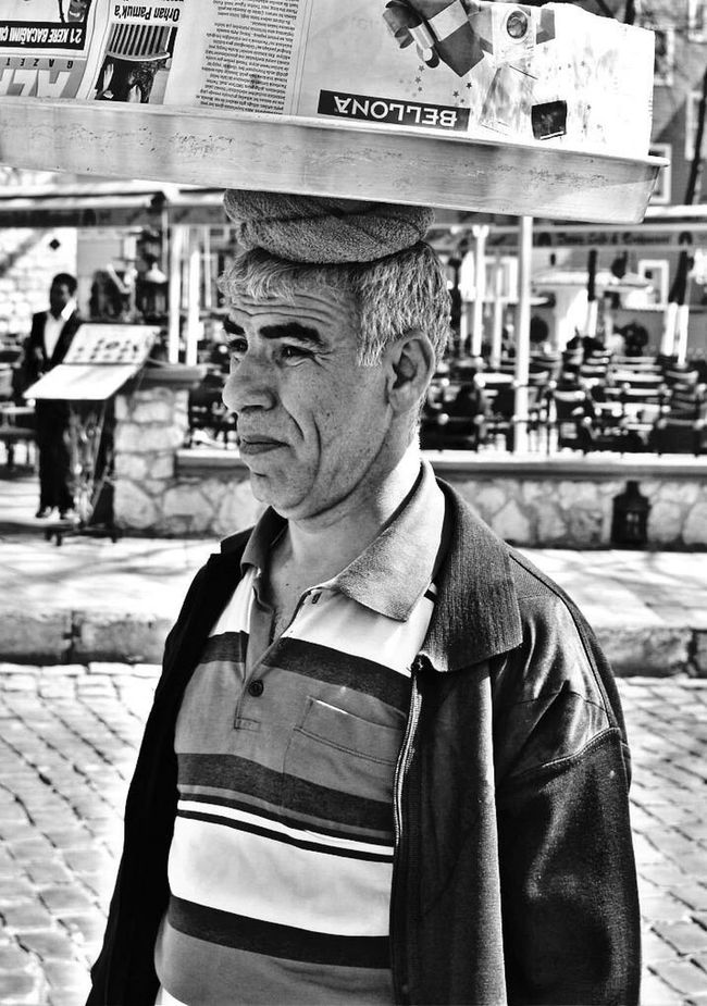 Portrait Istanbul Turkey Turkeyphotooftheday Photooftheday City Blackandwhite Blackandwhite Photography