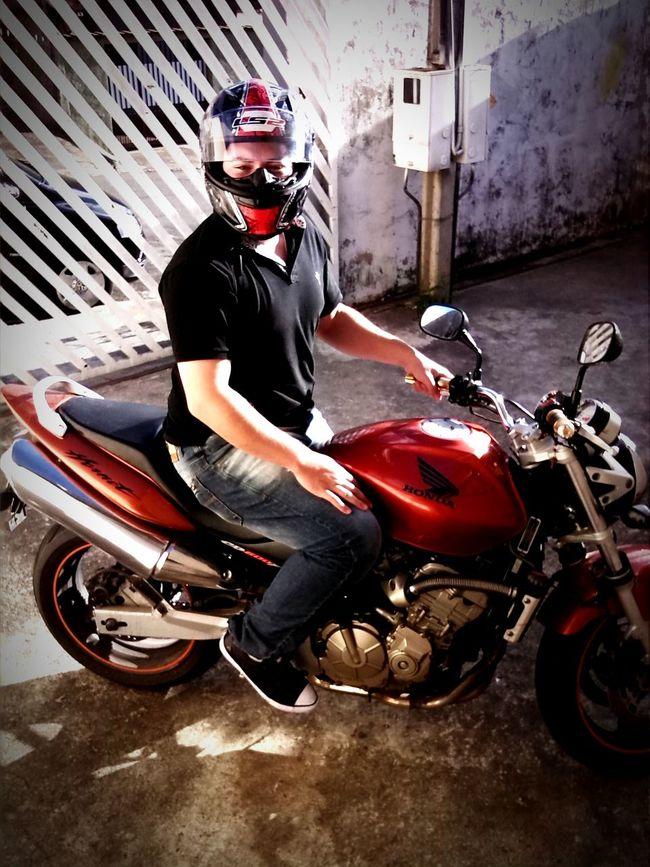Motorcycle Hornet SerrAzul Pista Estrada