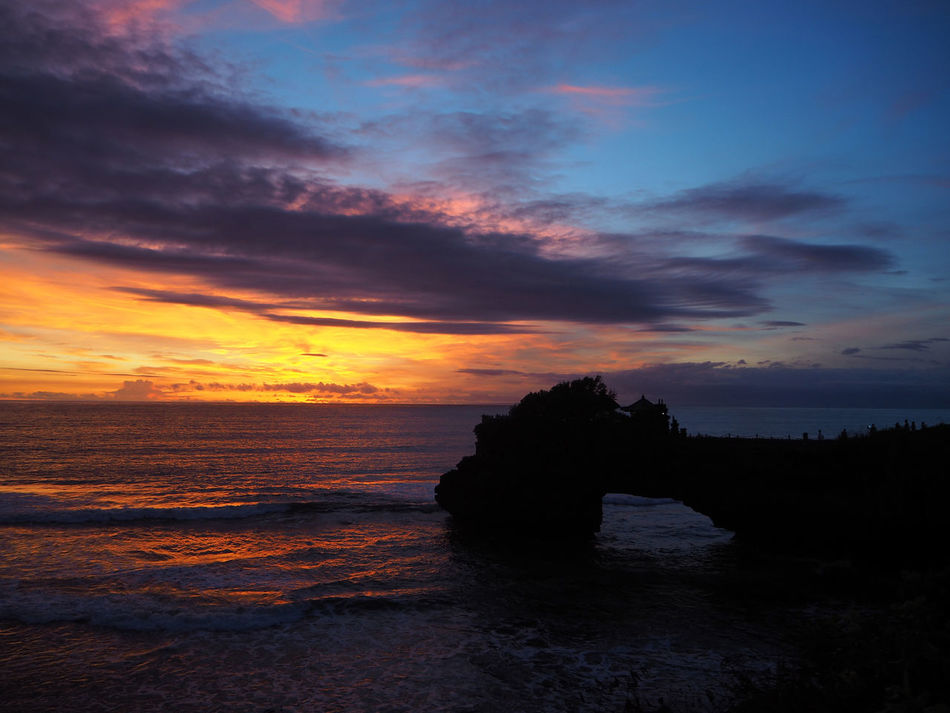 🌊💙 Tanah Lot 💙🌊 Travel Sunset Beach Bali Bali, Indonesia Beauty In Nature Cloud - Sky Dramatic Sky Exceptional Photographs Multi Colored Nature Outdoors Scenics Sea Idylic Tadaa Community Tranquility Water Reflections Wave Life Is A Beach Landscapes Capturing Freedom Travel Destinations Capture The Moment