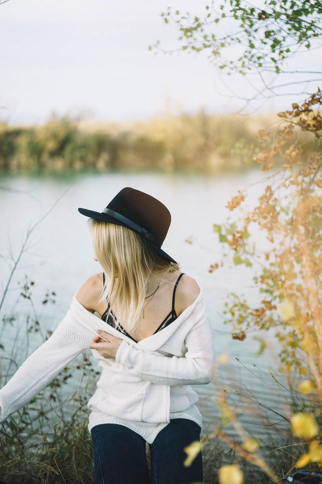 lake Adult Autumn Beauty Beauty In Nature Day Hairstyle Hanging Out Lake Life Lifestyles Nature One Person One Woman Only One Young Woman Only Only Women Outdoors People Rear View Sweater Women Young Adult Young Women