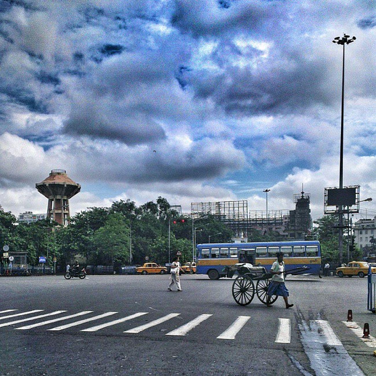 In Calcutta ? Love Clouds ? Look up! Incrediblecalcutta
