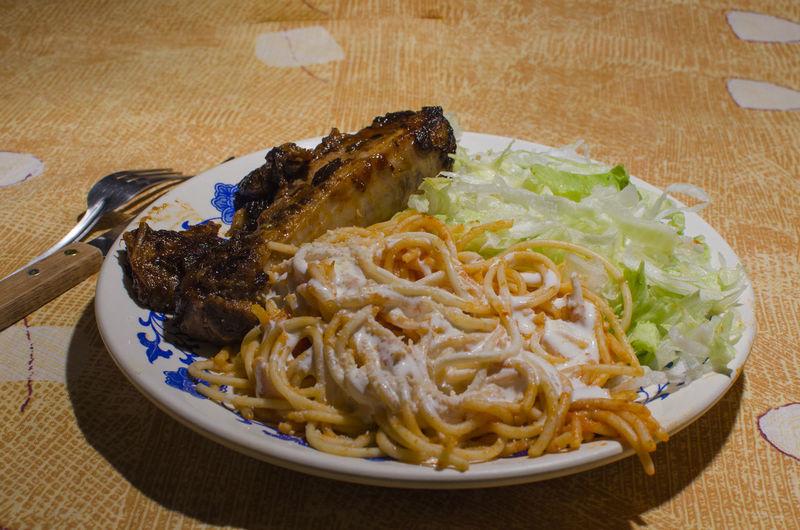 Cocina Spaghetti Homework Kitchen Lettuce Salad Readytoeat Ribs Stilllearning Themeoftheweek Todaymenu