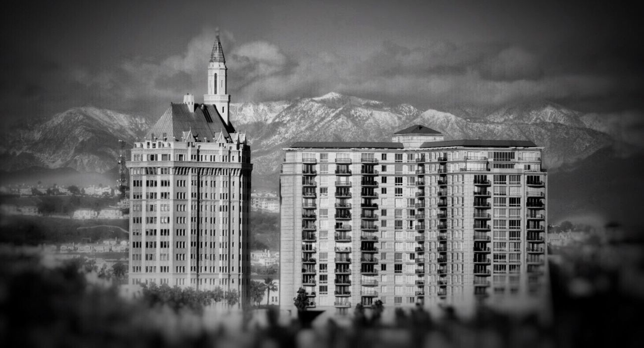 Building Exterior Architecture Sky Mountain Landscape Snow Mountain Blackandwhite Black & White Black And White Photography Bw_collection EyeEm Best Shots - Black + White The Best Angles In Arquitecture EE Shootermag