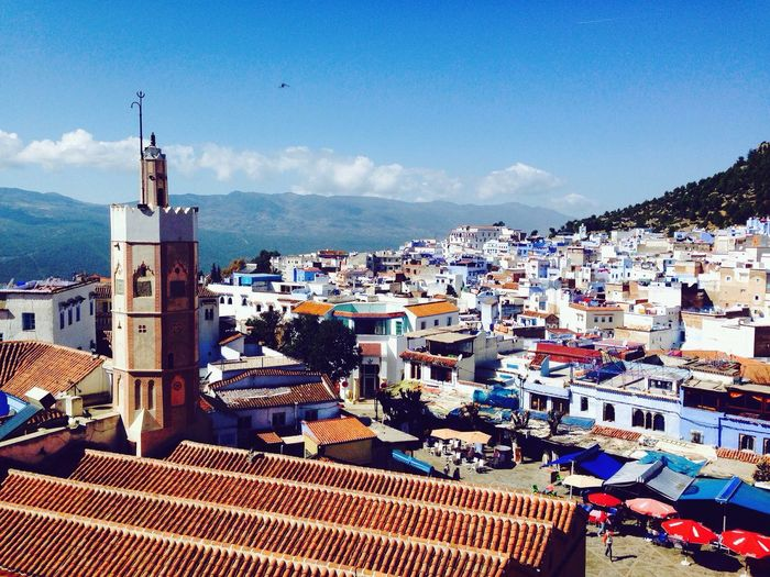 """I visited Marroc in february with 3 friends of mine. I had altready been there in 2013 with my family, but I liked the country so much that I decided to come back. Of all the places I saw there I enjoyed Chefchaouen the most. It is a small city located on the foot of two mountains (Chefchaouen means """"two horns""""). The special thing about this city is that almost eveything is painted white and blue. I defenitly recomend to go there and will come back somday. 🇲🇦 Morocco Mosque Minaret View From Above Blue Sky First Eyeem Photo EyeEm Best Shots View"""