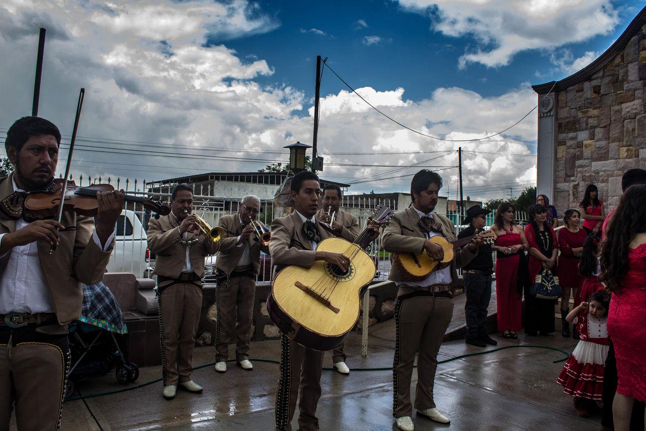 This wedding 25th anniversary went above and beyond. Cloud - Sky Cloudy Day Felipe Mariachi Mexcio Performance Villanueva Zacatecas Ángeles