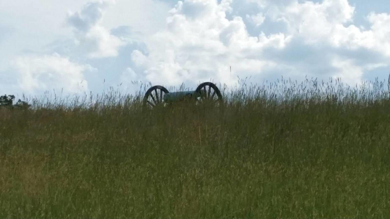 Manassas National Battlefield Park Manassasbattlefield Stormbrewing Clouds And Sky Stormy Weather Sunshines Civil War Storm Clouds Sunlight Inspirational