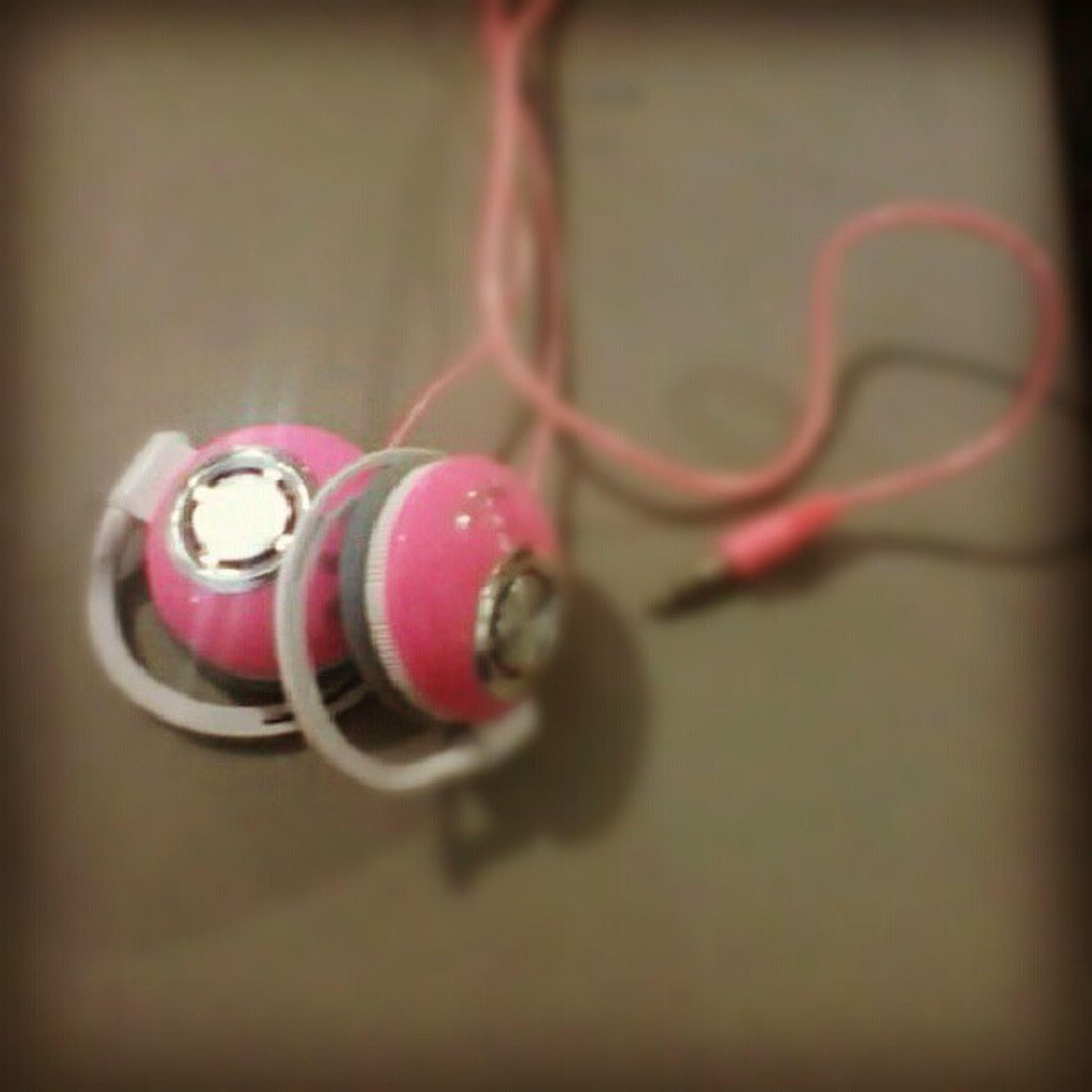 Sondell Like4like Likeforlike . Istagram headphone iphone iphonesia insracool cool muth world zika