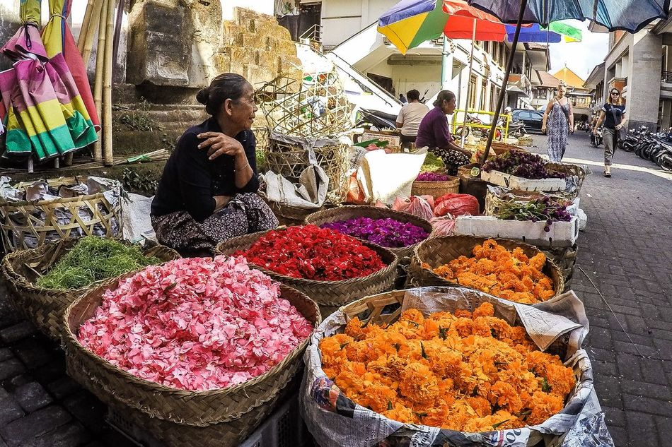 City Market Flowers Indonsia Market Multi Colored Small Business Street Ubud Ubud, Bali Woman First Eyeem Photo
