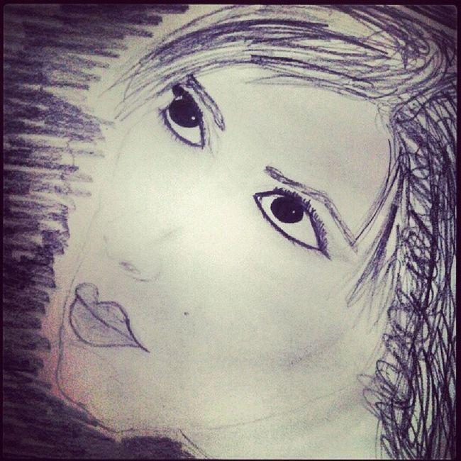 Whitegirl  Girlialwaysdraw Idkwhy Sketches pencilsketches facesketches facesketch sketch thoseeyes