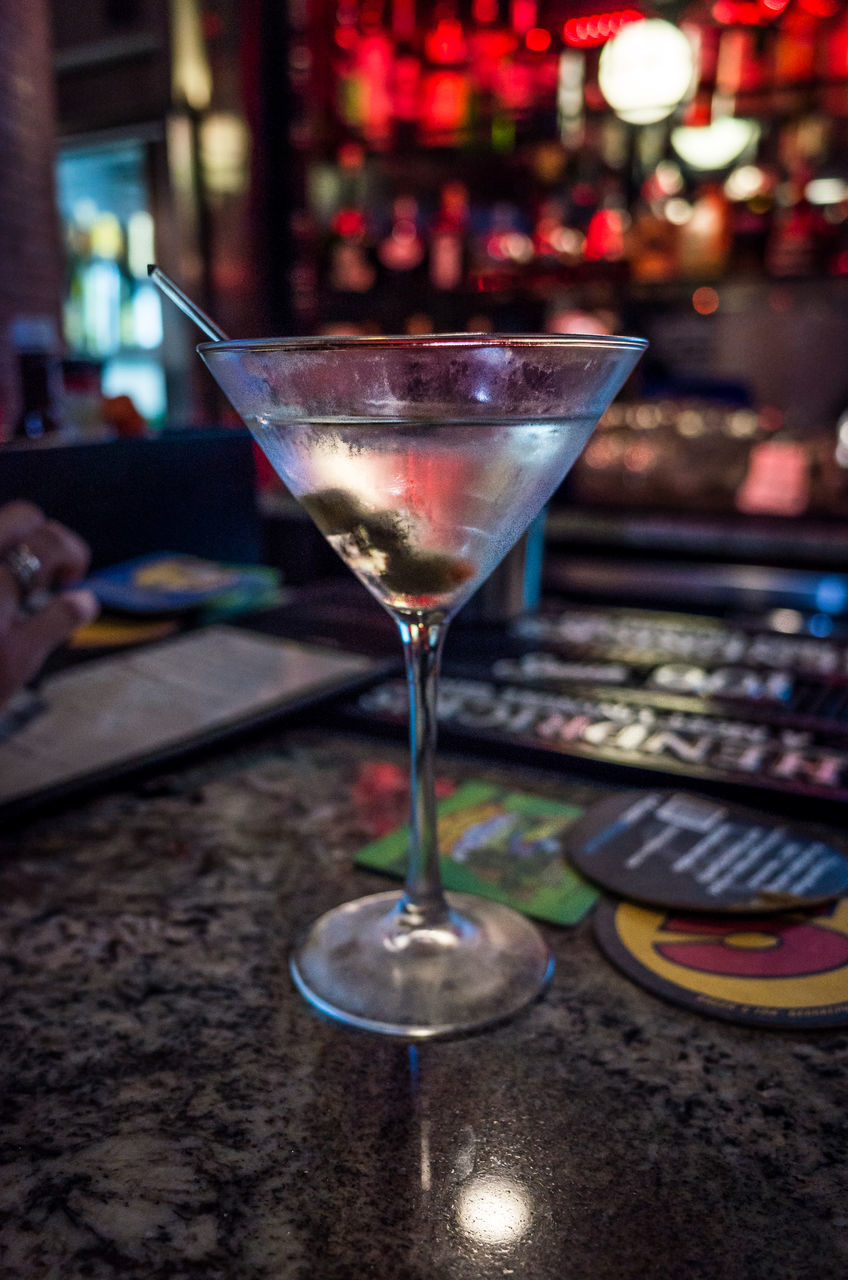 cocktail, alcohol, drink, food and drink, refreshment, martini glass, indoors, focus on foreground, martini, close-up, freshness, bar - drink establishment, drinking glass, nightclub, no people, illuminated, day