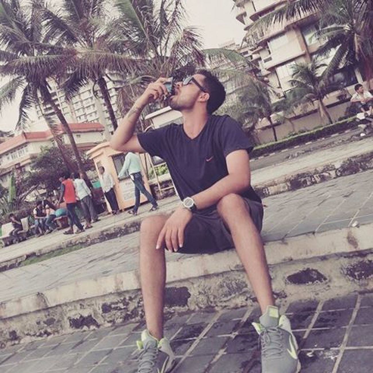 Mumbai Bandstand Mannat Srk Holidays Trip Nike Lovenike Fastrack Masti Funtimes Sony Trees