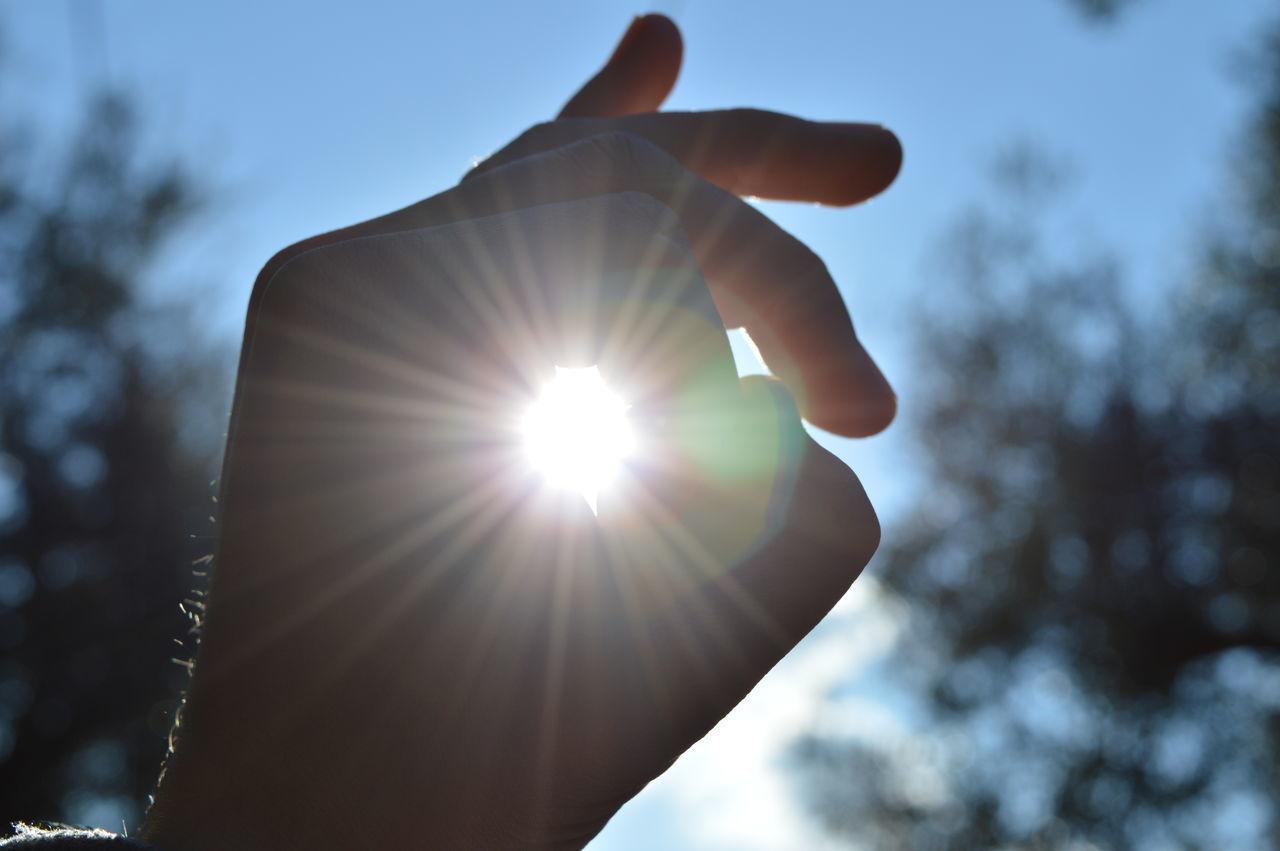 Sun in a hand Hand Handmade Hands Hands At Work Hands On Sky Sky And Clouds Skyline Skyporn Summer Sun Sunlight Sunny Sunny Afternoon Sunny Day Sunnyday Sunnyday☀️ Sunny☀ Tree Trees