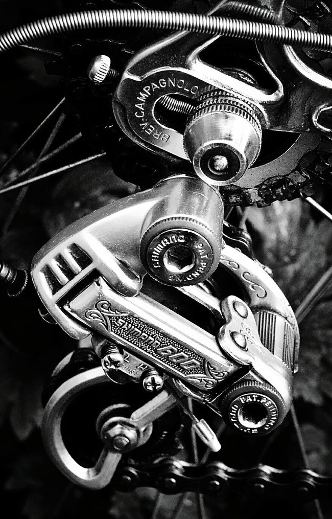 Vintage Shimano 600 Arabesque on Campagnolo dropout Vertical Industry Close-up Metal Technology Gear No People Day Face Guard - Sport Cyclephotography Cycling Retro Vintage 80s Eighties Old Bicycle Velo Love Cycles Closeup Close Up First Eyeem Photo