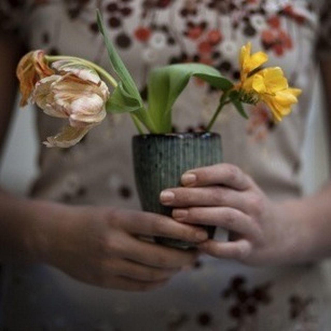 Caffeineg MiPhone Flower Art