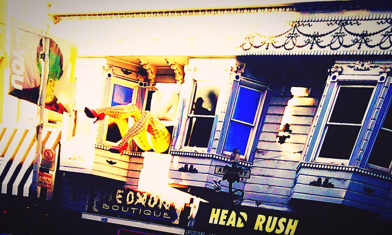 Built Structure Architecture Window No People EyeEm Eyeemphotography Eyemphotography Eyem Gallery Eyeemphoto San Francisco Haight Street High Heels Red Fishnetstockings Woman Topukluayakkabı Kırmızı File çorap Bacak Esthetic Estetik Interesting Interesting Objects Interesting Design Hello World