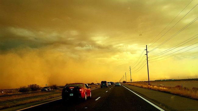 Driving into a Dust Storm Duststorm Dust In The Wind Drive Home Driving Road Sky Cloud - Sky My Point Of View Samsung Galaxy S6 Edge Check This Out Capture The Moment Eye4photography  Eyeemphotography EyeEm Arizona Nature Arizonasky