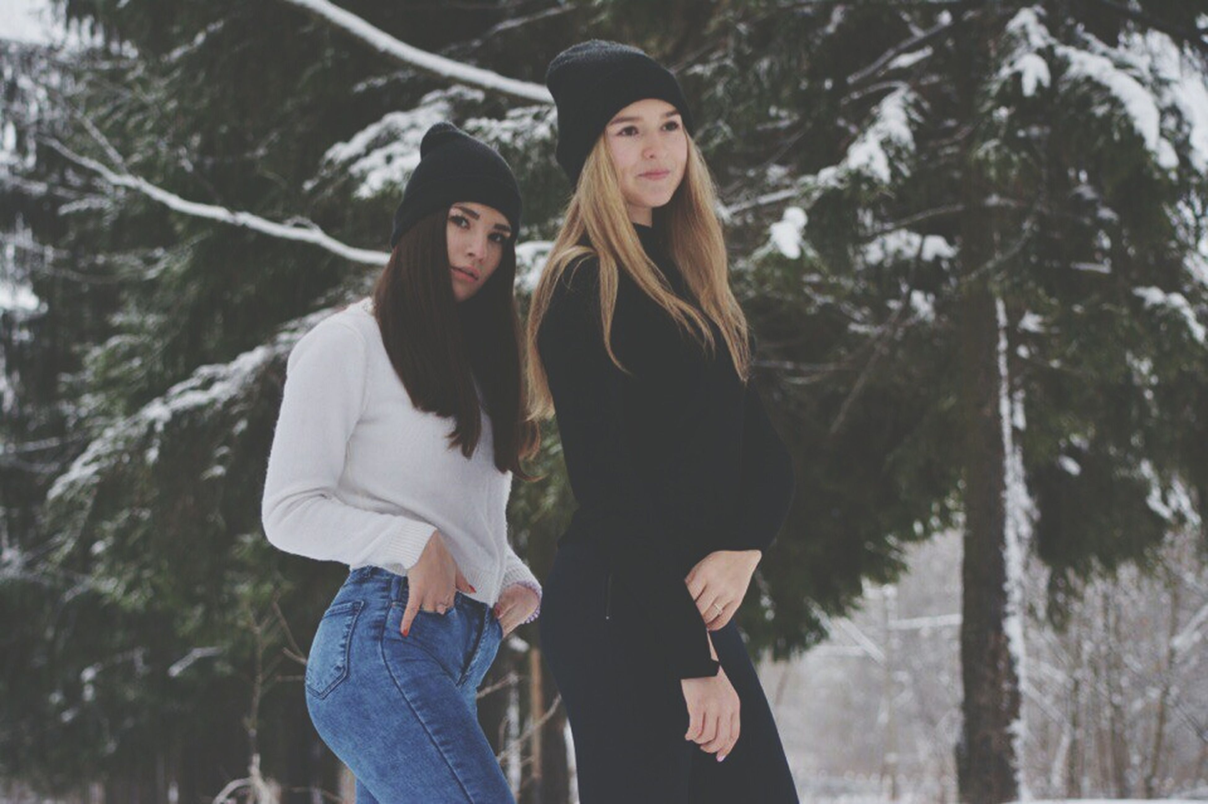 winter, cold temperature, two people, love, togetherness, nature, friendship, warm clothing, snow, bonding, happiness, women, smiling, leisure activity, portrait, adult, adults only, day, people, young adult, outdoors