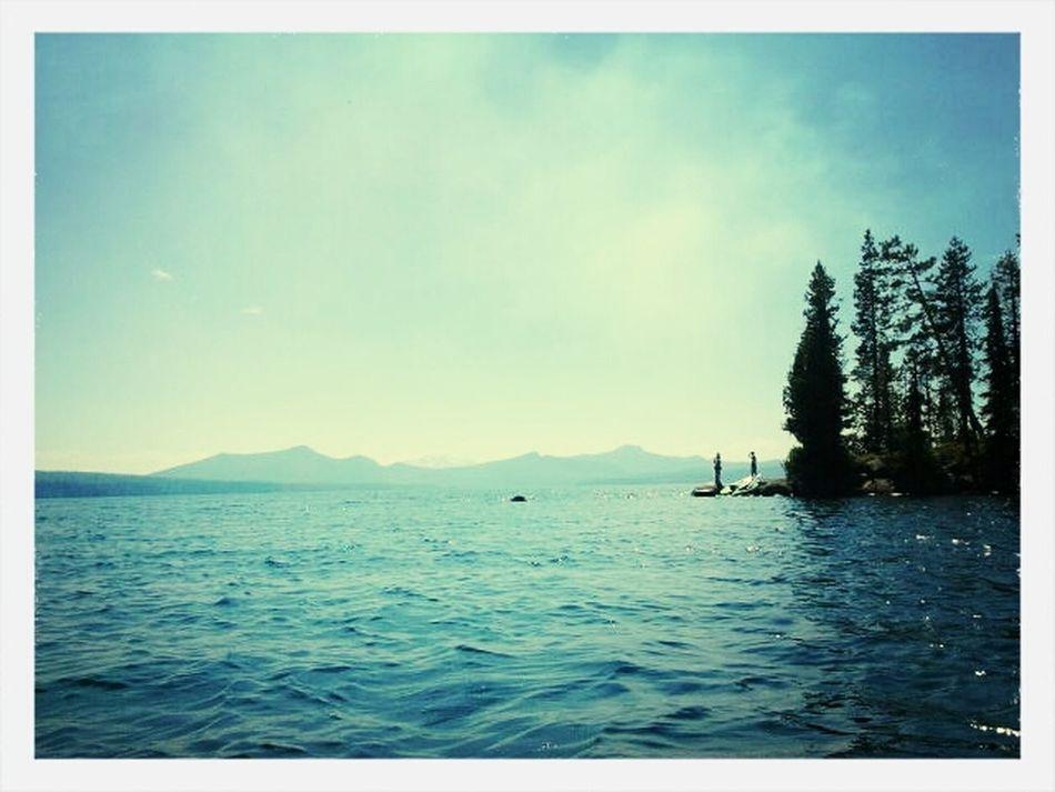 Waldolake Smoke Kayaking in the mountains in the Cascades
