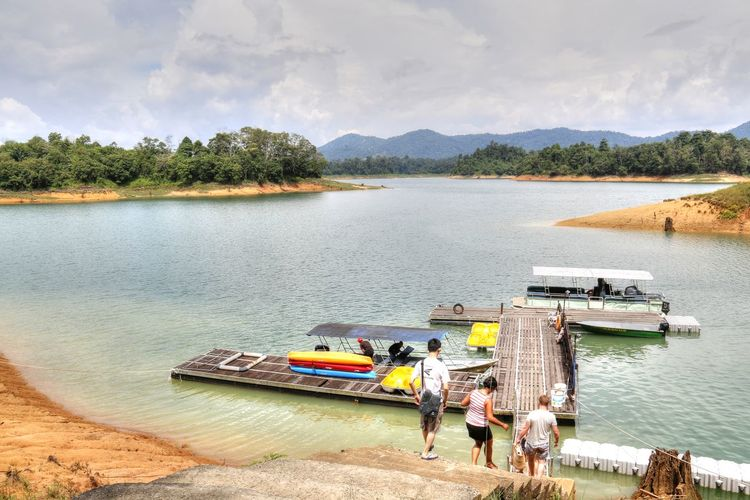 Kenyir Lake is the largest man-made lake in South-East Asia. Covering an area of 260,000 hectares, it is home to some 300 species of freshwater fishes Cloud - Sky Day Jetty Kenyir Kenyir Lake Malaysia Nature Nautical Vessel Outdoors Sky Terengganu Tree Water