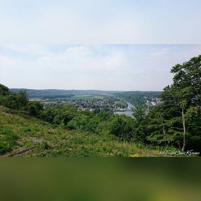 Von Essen Kettwig Fotoschiessen Ruhr Kettwigstausee Stauwehr ganzhinten die Ruhrtalbrücke Mintarderbrücke grün Landschaft einfotowert SquareInstaPic byVeskoOneKrajnc