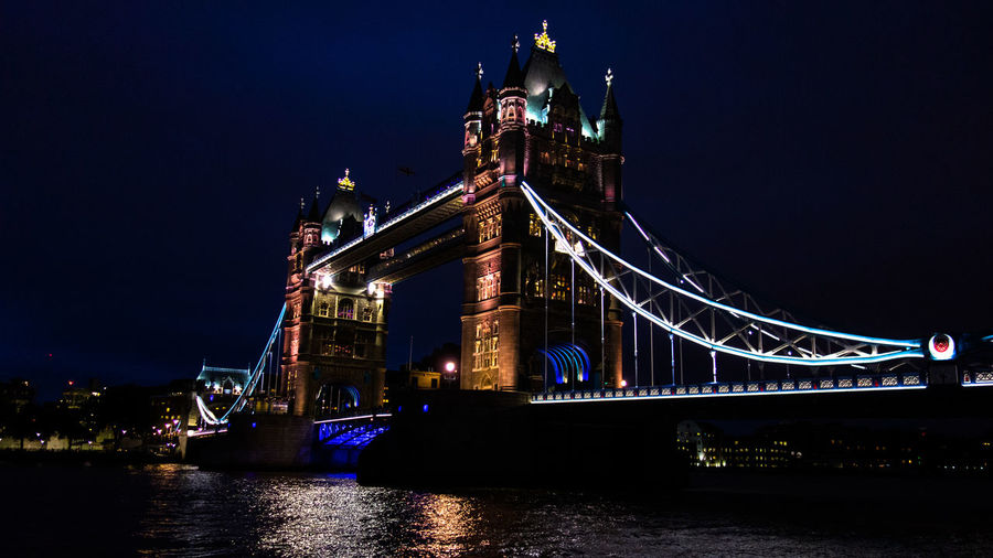 On a night walk through the streets of London Architecture Bridge City Nightview City Lights Cityscapes Famous Place International Landmark Light And Shadow London The Architect - 2016 EyeEm Awards Night Lights Night Photography Nightphotography Reflection Reflections Night View Britain England Buildings Tourism Tower Bridge  Travel Traveling Seeing The Sights