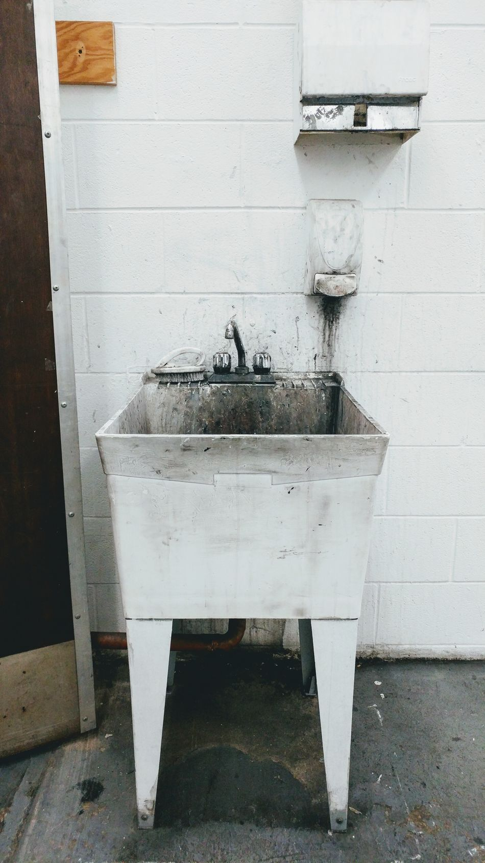 Utility tub at an art school. Art Is Everywhere Art Faucet Sink Studio Art Studio Artistic Expression Painting Indoors  No People