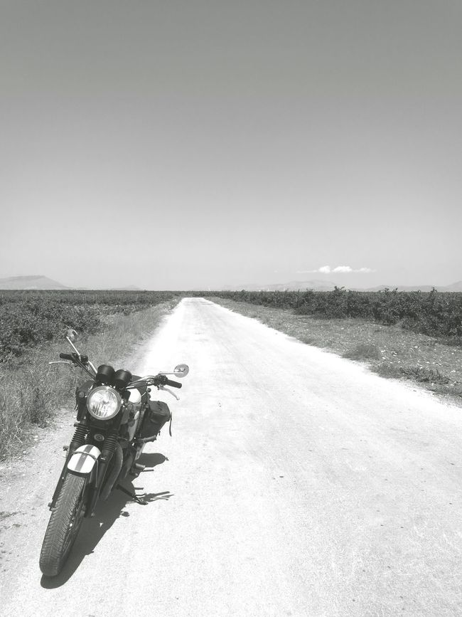 Taking Photos Walking Around HuaweiP9 Enjoying Life Italia Shootermag Youmobile Bonneville_obsession At The Road BonnevilleT100 Black And White Blackandwhite Photography Sicilia Notes From Babylon Discover Italy / With Ale TheMinimals (less Edit Juxt Photography) Essence Of Summer Italy Motorcycles