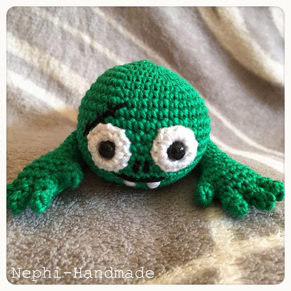 Mein kleiner Zombi (eigene Anlritung) Häkeln Crochet Amigurumi Zombie Häkelnmachtglücklich Häkelnadel Crocheting Crochetlove Häkelarbeit Amigurumipattern First Eyeem Photo Nephi-Handmade Häkelliebe