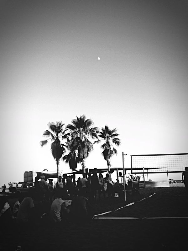 Monochrome Photography Blackandwhite Beach WithBestFriends